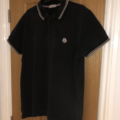 3f28b053 @finbar12. 2 months ago. Swindon, United Kingdom. Black Moncler polo shirt  7/10 condition. Size large but will fits like an medium