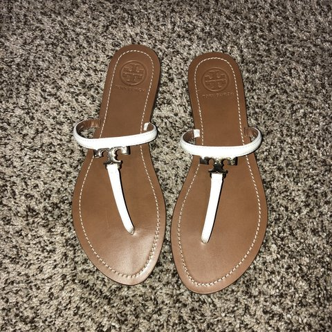 331d6f656 These Tory Burch shoes have only been worn once. They are a - Depop