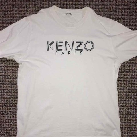 e3b3fd30 @joeyp92. 7 months ago. Stockport, United Kingdom. Kenzo Paris t shirt in  white. Size xl but fits a large.