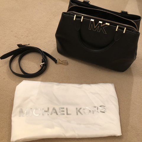 40f057d245ba @amberw12345. 15 days ago. Brentwood, United Kingdom. Genuine small black Michael  Kors bag