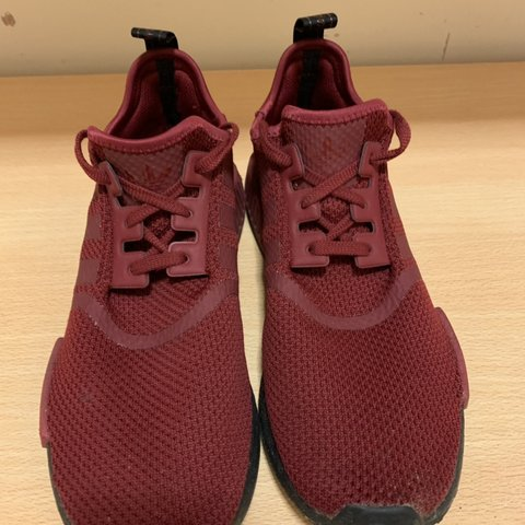 c0a29dcffa0af NMD R1 Black Boost Deep Red