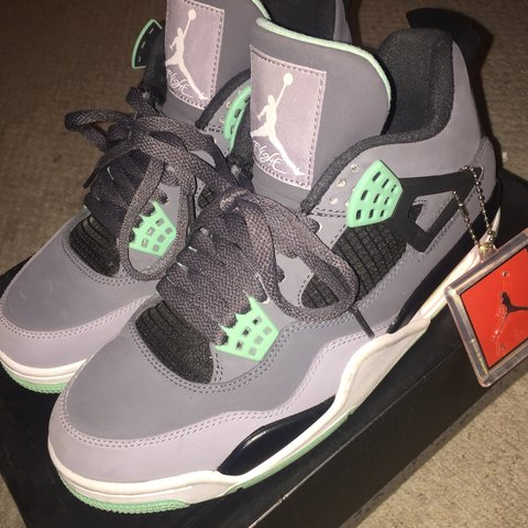 the best attitude 6b89a 0280d  pduo3518. 7 months ago. Reading, United Kingdom. Air Jordan Retro 4 Green  Glow