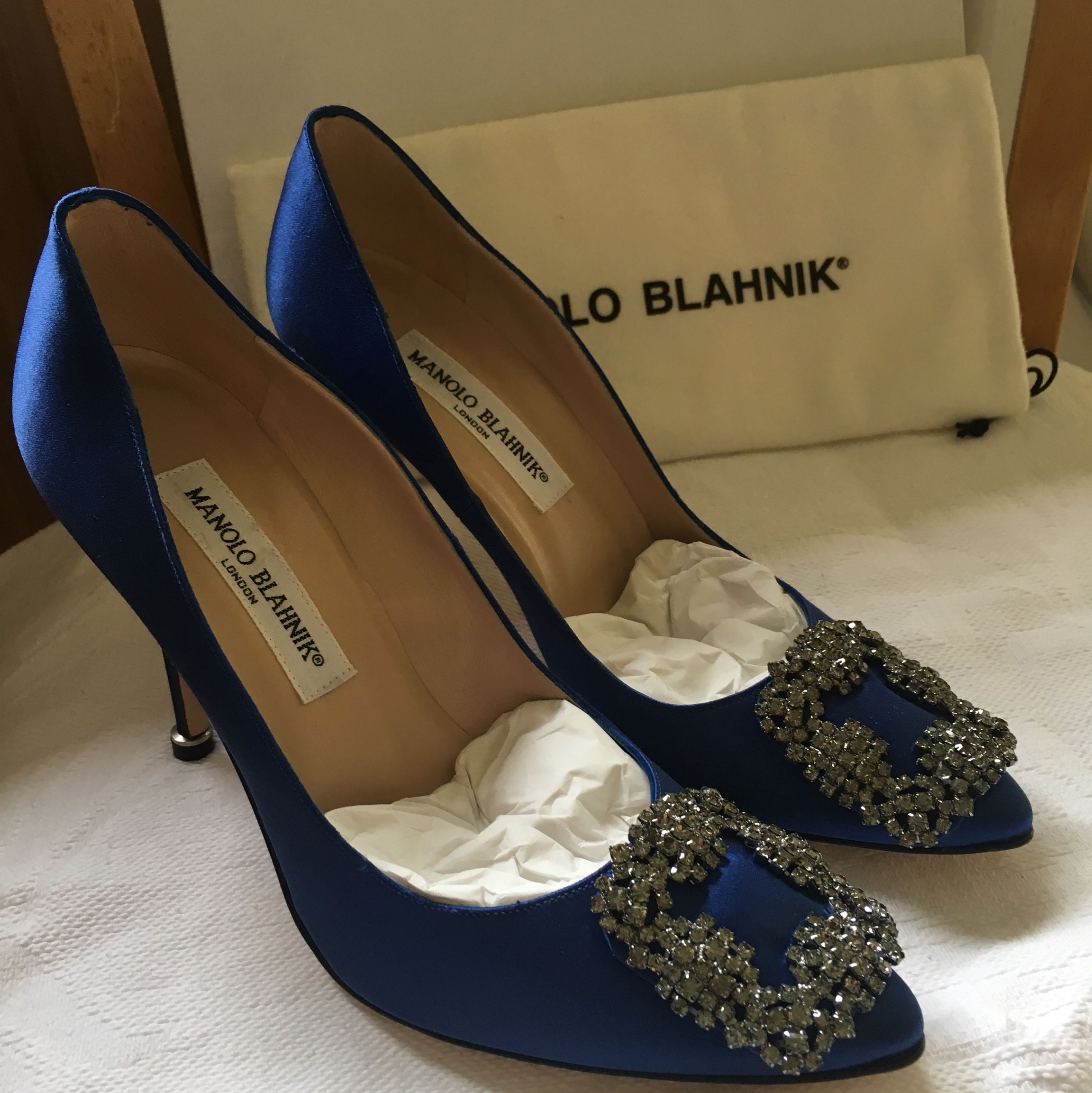 ce7474331d6ac Manolo Blahnik Hangisi Cobalt Blue Satin Pumps, UK... - Depop