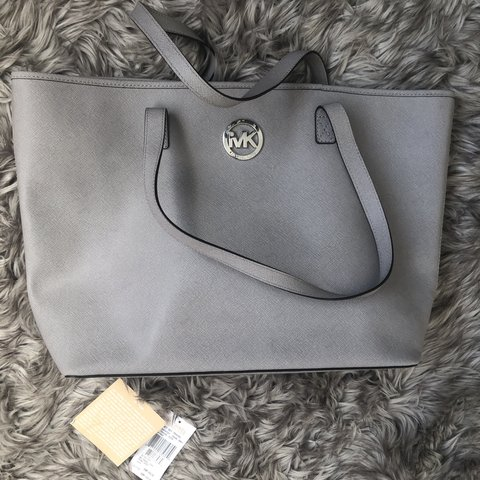 5e6cd64fc3cb Michael Kors bag. Bucket bag. Was £159. Only been used a few - Depop