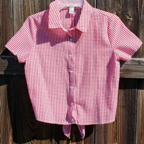 2fb180ac8b2a0a Adorable forever 21 red gingham button up shirt. Perfect for - Depop