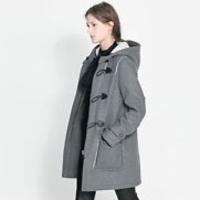 ZARA grey duffle coat. Only worn once. Size S, but fits an XS too ...