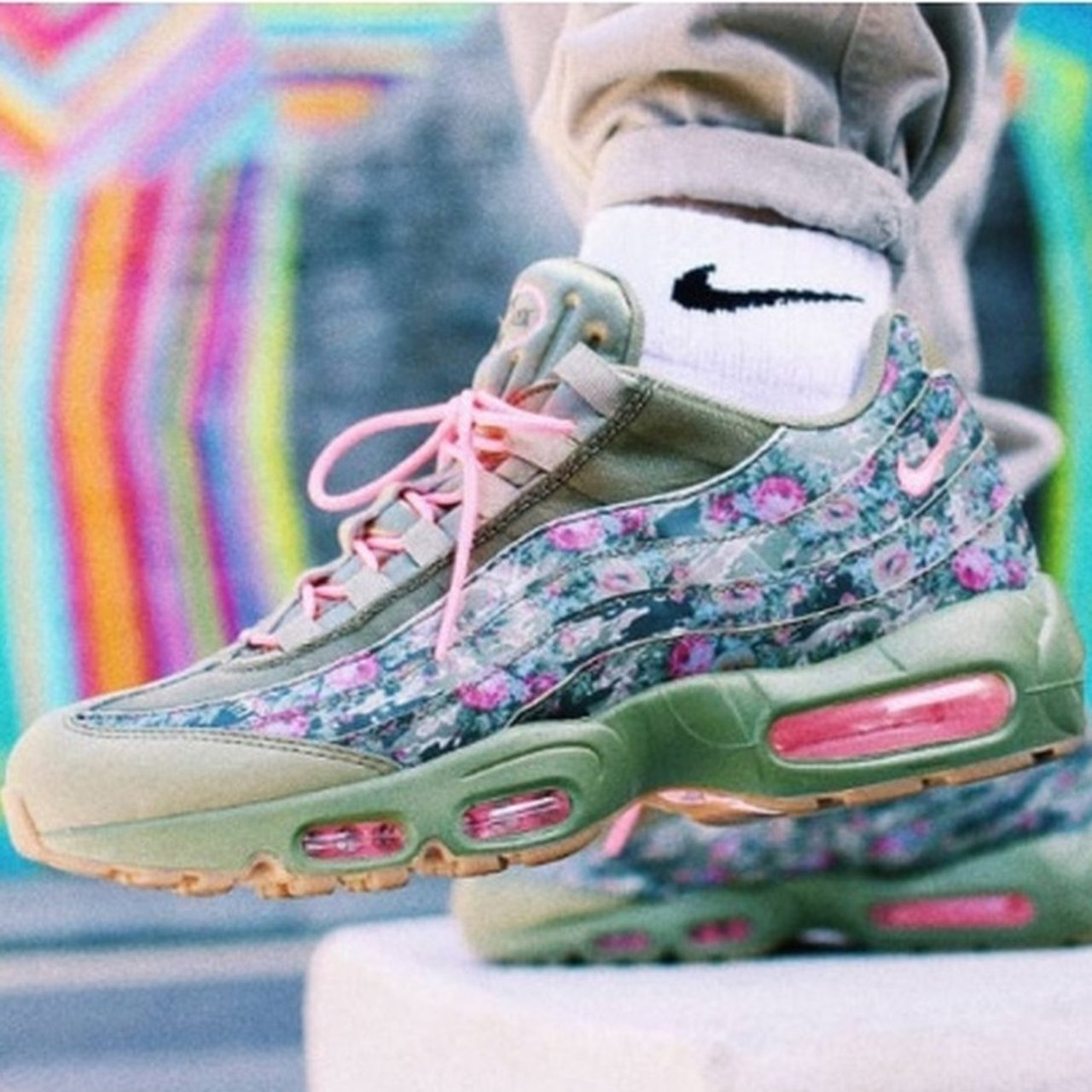 6a4fab6abe Nike air max 95 Floral Camo trainers. Women's Size 4 UK. of - Depop