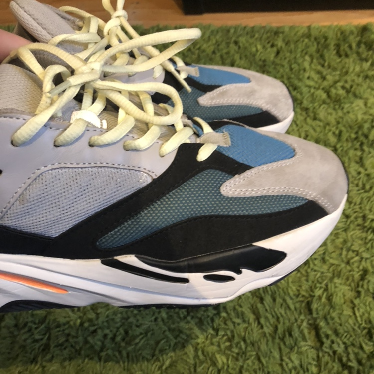 Yeezy 700 wave runners 7/10 worn some