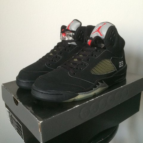 d2089eb635f @balboa. 4 years ago. Lambrate, Milano, Italia. Air Jordan 5 Retro Black/ Metallic ...
