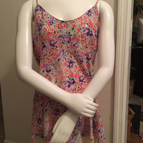 12a641cbc260 Floral print shortie nightgown with lace hem & adjustable by - Depop