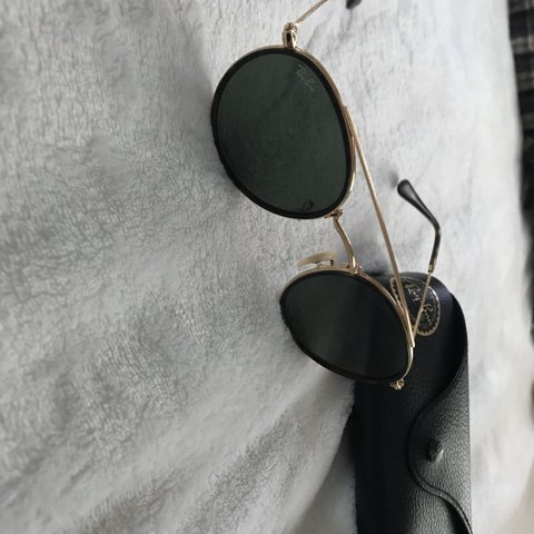 0936be2558 Ray-Ban sunglasses. Need a new home! Black lens  with gold - Depop