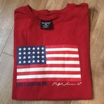 08ff44032 URBAN OUTFITTERS GRAPHIC TEE