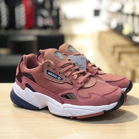size 40 247af 3577f  lyaralobo. last month. Medford, United States. Kylie Jenner Adidas Falcon  sneakers!