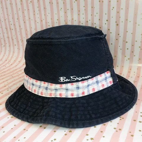 Ben Sherman bucket hat. Has a blue and red checked ribbon it - Depop e54b5544732