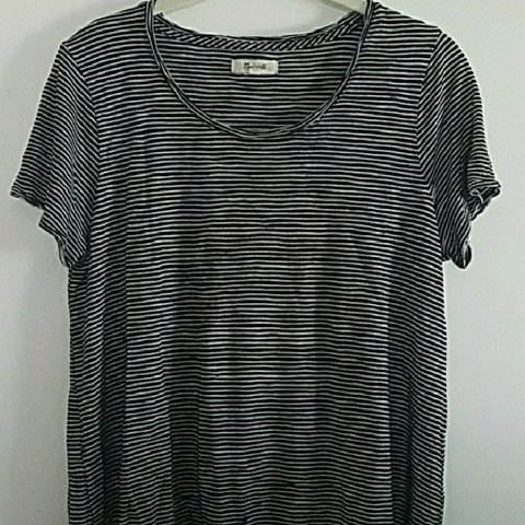 8dd4a4ee Madewell striped top - Boxy fit. It's been washed, dried, as - Depop
