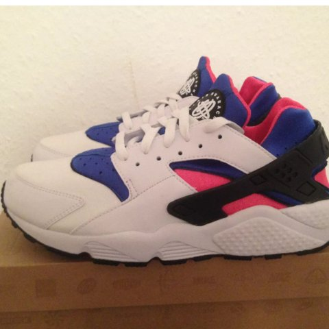 buy popular 43ef1 1d68f  chizu. 3 years ago. Berlin, Germany. Nike Air Huarache OG - NEW in  Original BOX - Deadstock - 100% Authentic - WHITE GAME ROYAL-DYNAMIC PINK  ...