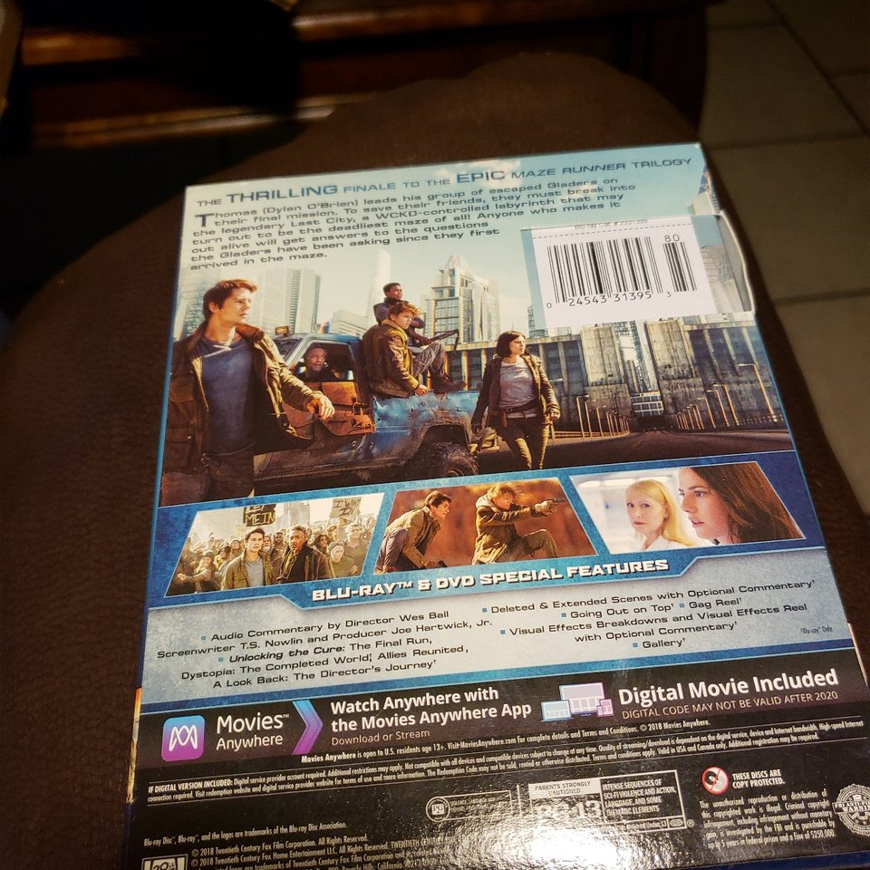 MAZE RUNNER THE DEATH CURE BLU RAY FAST SHIPPING    - Depop