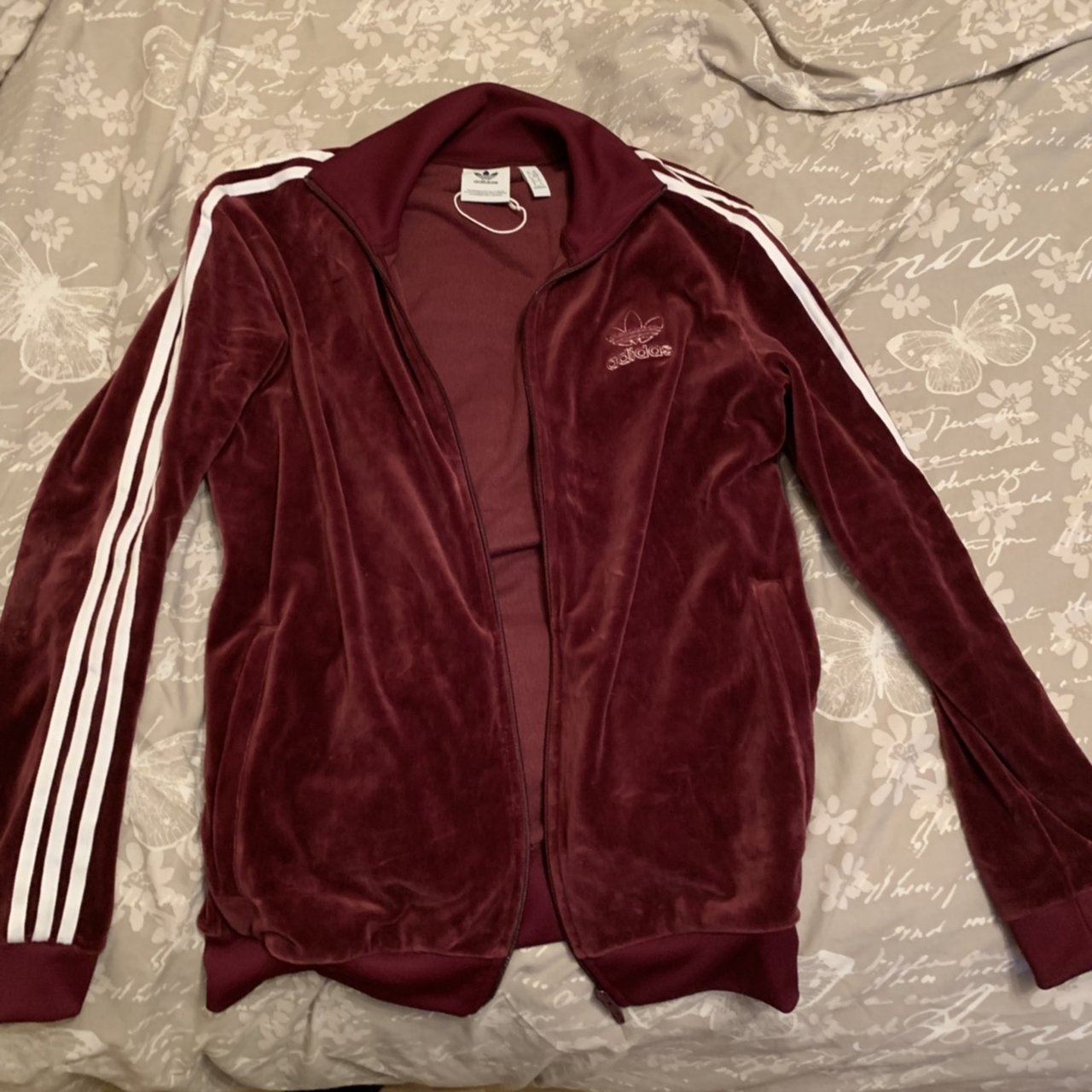 Maroon Adidas tracksuit. Too big for me a615402332be
