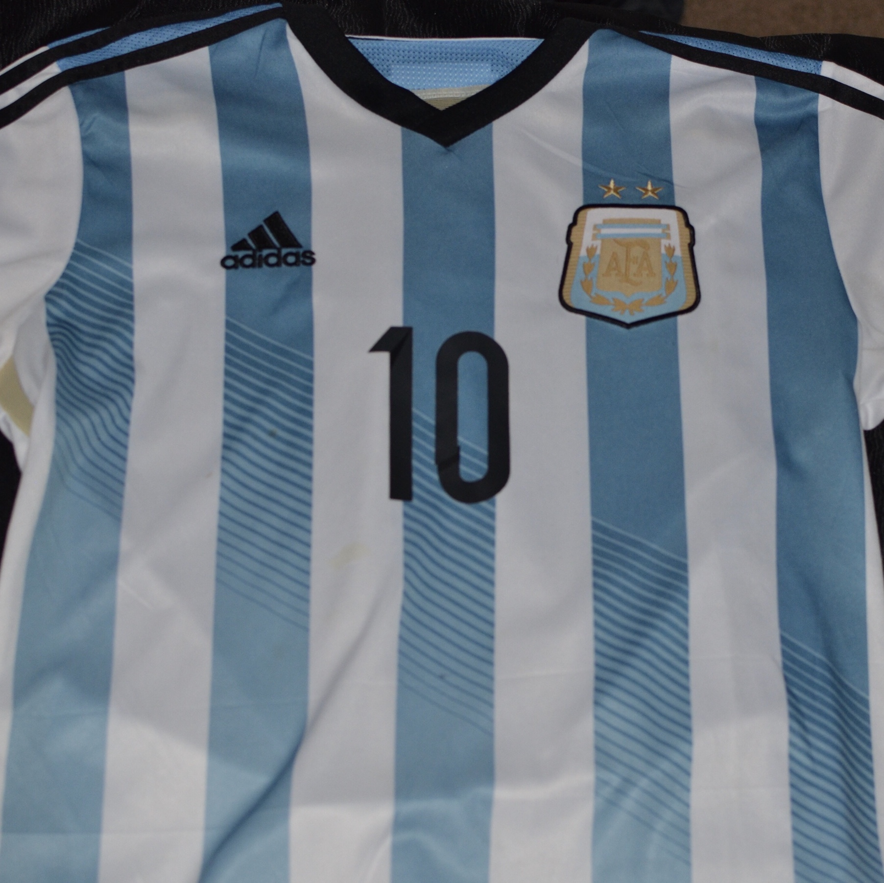 sneakers for cheap e1869 6c8f7 Adidas Lionel Messi #10 Argentina Jersey Medium fits... - Depop