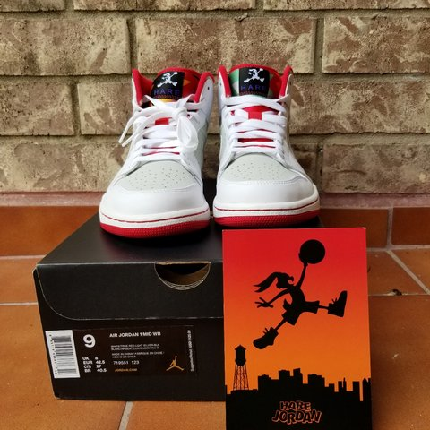 cdc5ba35d27089 DS jordan 1 Hare. Comes with original box and hare card. a - Depop