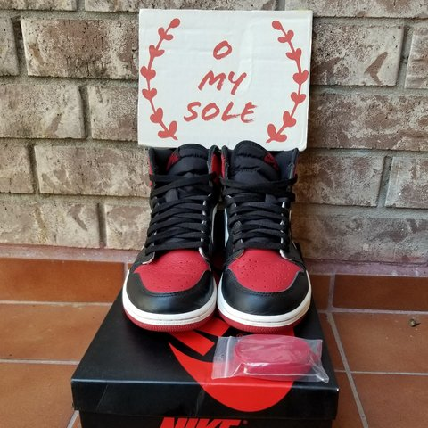 a2d31812df02 VNDS Air Jordan 1 Bred Toe in size 8.5. Comes with original - Depop