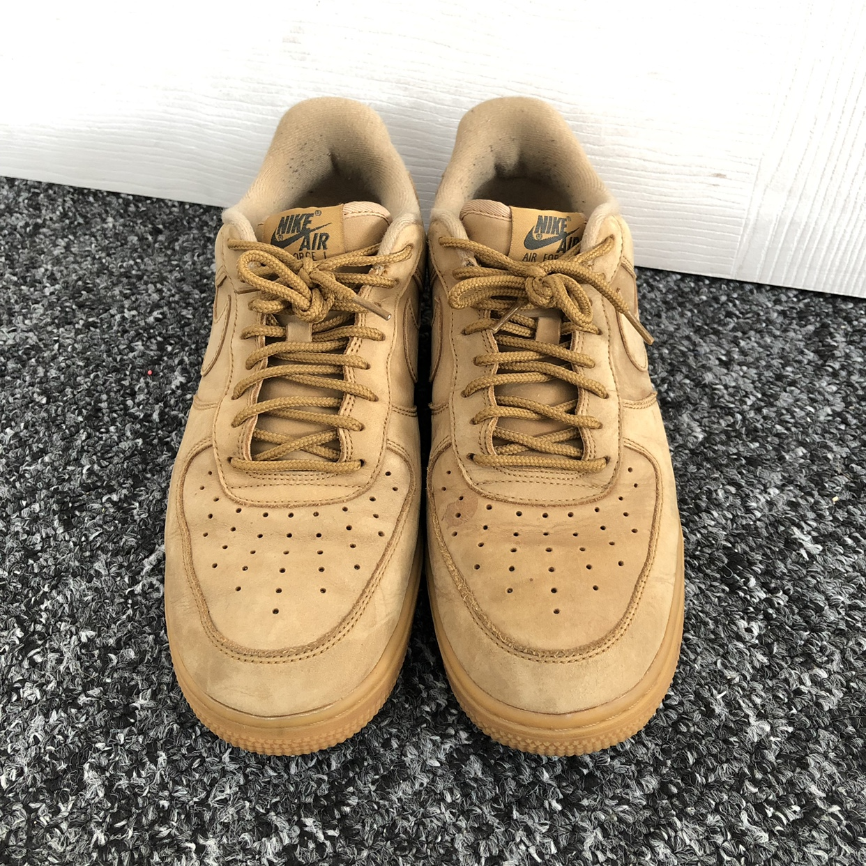 microscopio Obediente Comprimido  Nike Air Force one- timberland colour, size 7... - Depop