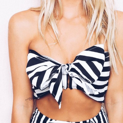 165818a21dd Stripe crop Worn once Tube top that comes with tie around - Depop