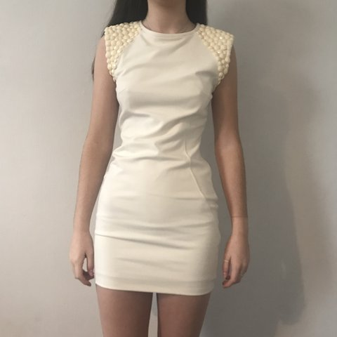 2ef5c163e Ted Baker Cream Bodycon Dress Size 1 (UK 8-10) Only been ! - Depop