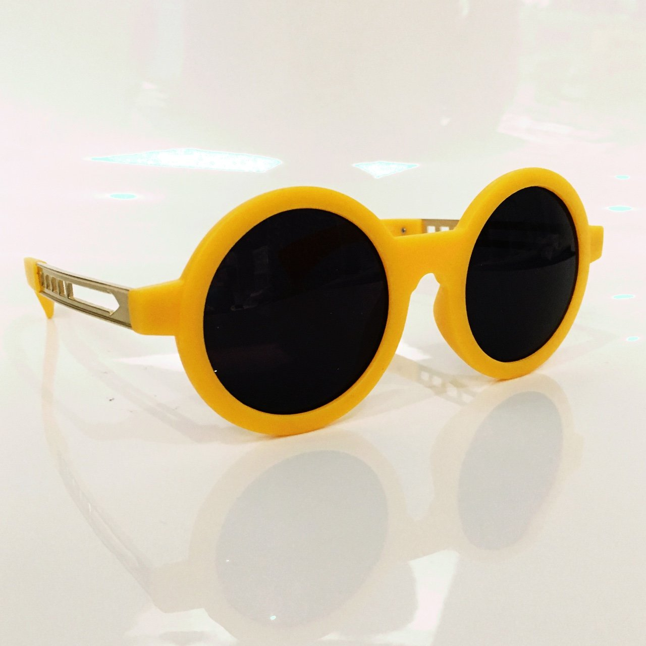 7a51c7575d New vintage style round sunglasses in yellow. Gold arrow UK - Depop