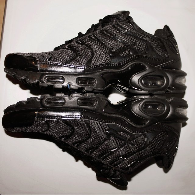 88c5ad1cd5 ... norway nike air max plus tn tuned 1 black never worn with box uk depop  68e99