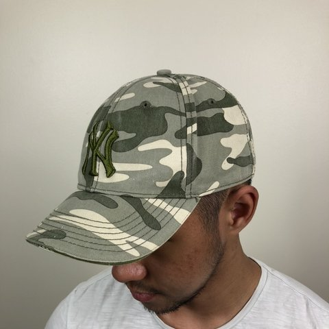 b9caa6bd VINTAGE CAMO NY YANKEES CAP. All our caps are one size fits - Depop