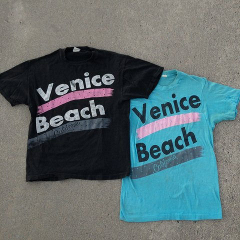4f9dd788 💥FREE SHIPPING💥 Vintage Venice Beach Shirts From The 90s - Depop