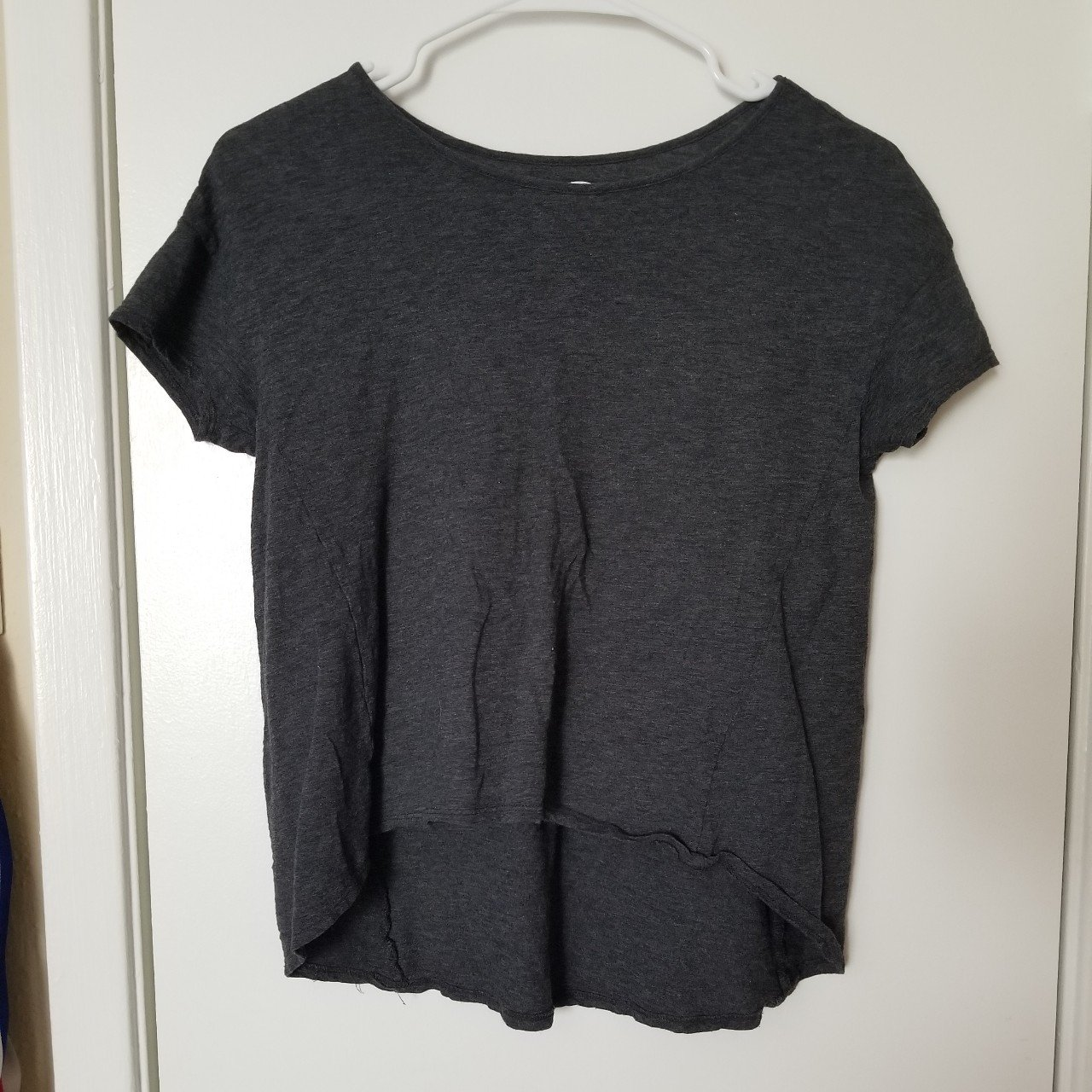 41046fb8808c5e Old navy kids grey shirt great condition