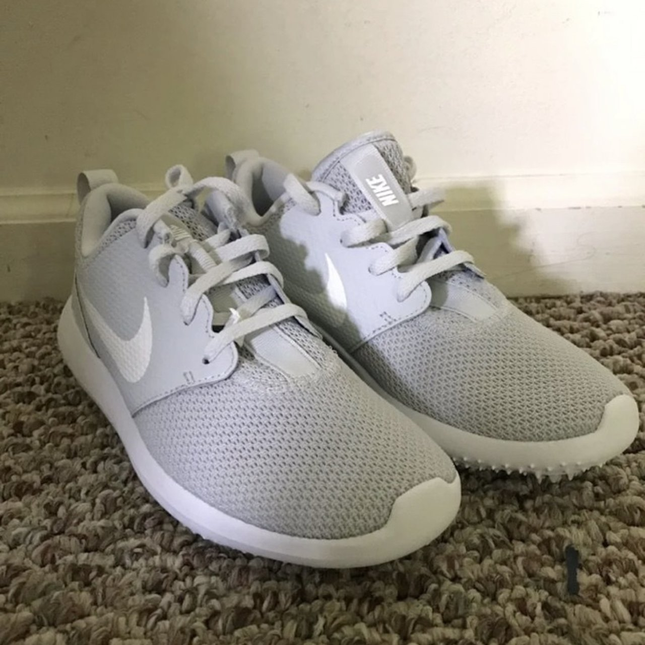 The Nike Roshe G Spikeless Golf Shoe Features A Depop
