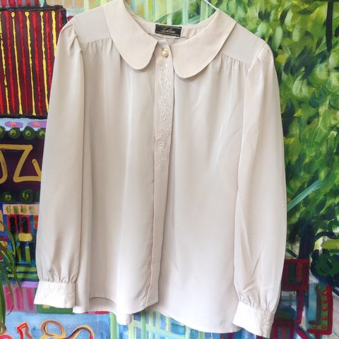 a1ecb3f681c86 VINTAGE CREAM TAUPE SILKY LADIES BLOUSE • lovely embroidered - Depop