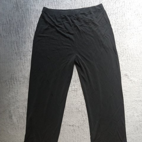 d416b2c8 @tmgrammer. 9 months ago. Stroud, Lincoln County, United States. Black  women's dress pants.