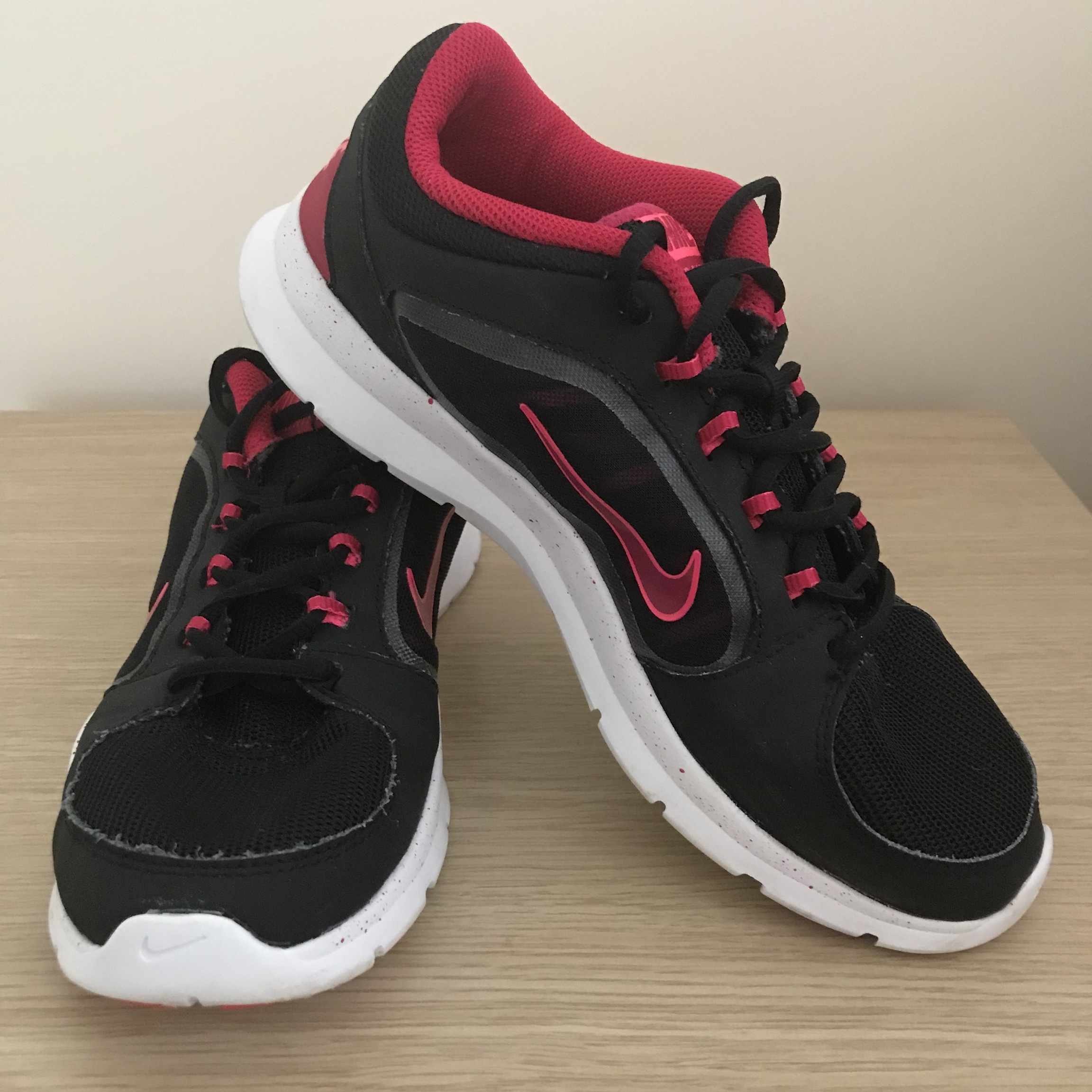 ever popular closer at sells Ladies Nike black and pink Gym trainers / shoes size... - Depop