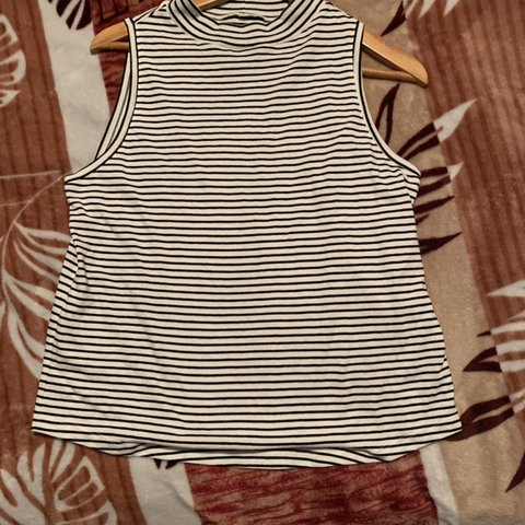 ff6aabd96e6ed Black and white striped top (from target) Condition  brand - Depop