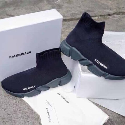 9a9aa62fe0893 Balenciaga speed trainer triple black unisex RRP£525 Dm till - Depop
