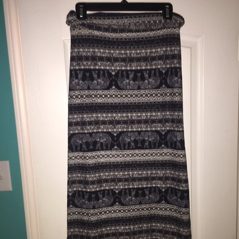c253a742b7 @cassidycd. last month. United States. Rue 21 Maxi Skirt Brand New Never  Worn 10/10 Condition