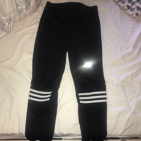 fe84fa750 @laura_williams. 11 months ago. Liverpool, United Kingdom. Adidas gym  leggings size M. Gymshark Nike topshop. Excellent condition