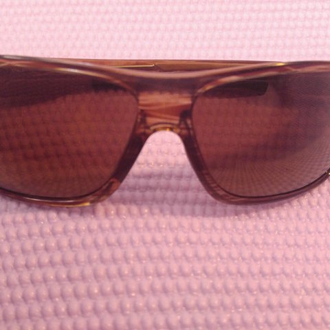6fa89305b2b4 Pre-owned in great condition Maui Jim 237-15 Island Time and - Depop