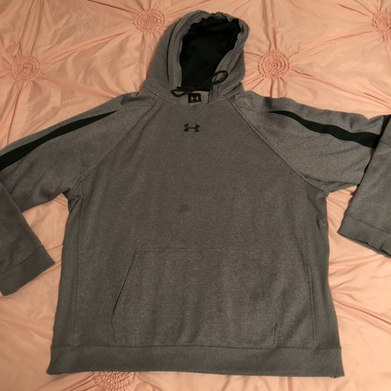 Men s Under Armour brand dri-fit hoodie. Size large. The are - Depop a2fbd5aa71a9