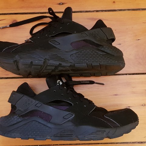 f2fb901b7c9e Genuine Air Huarache by Nike. Triple black trainer (UK Size - Depop