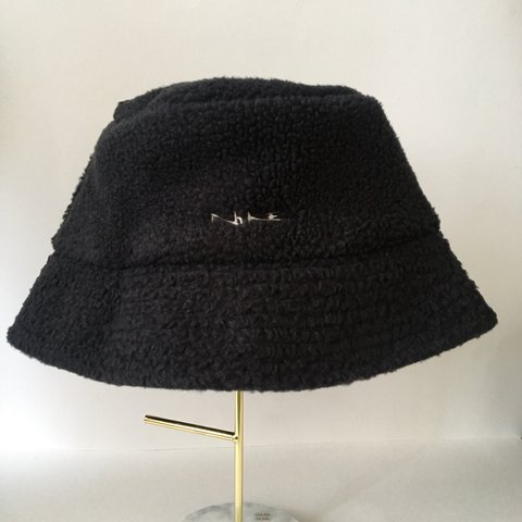 dbd6cb46c17fc Nike fluffy black bucket hat Nike embroidery on front Size - Depop