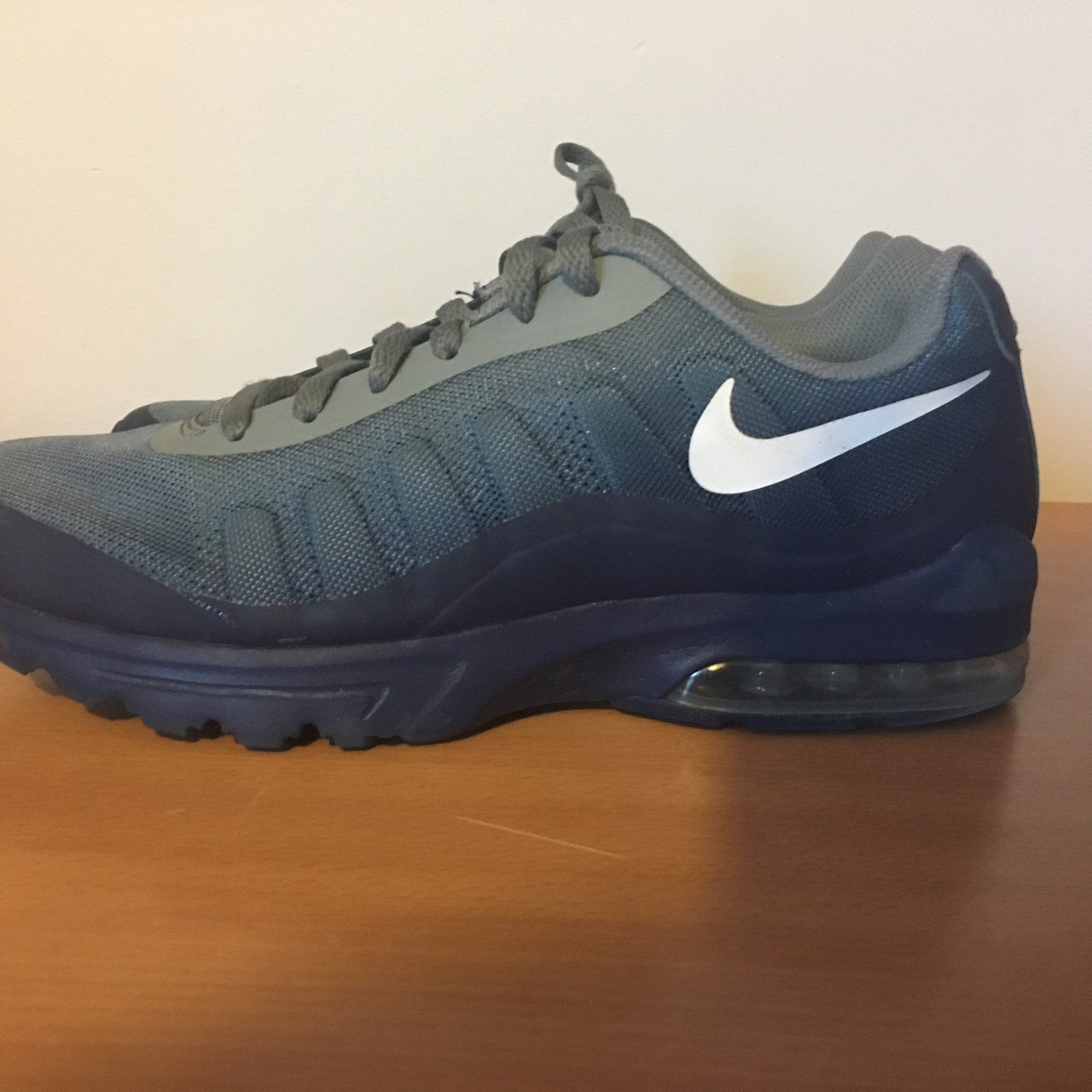 49b0d7a5fe Nike invigor air max blue/grey worn twice great condition - Depop