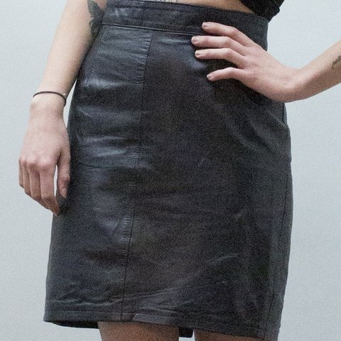 510210ceff70 @blessedxvintage. 9 months ago. London, United Kingdom. Vintage 80's high  waisted black leather pencil skirt .