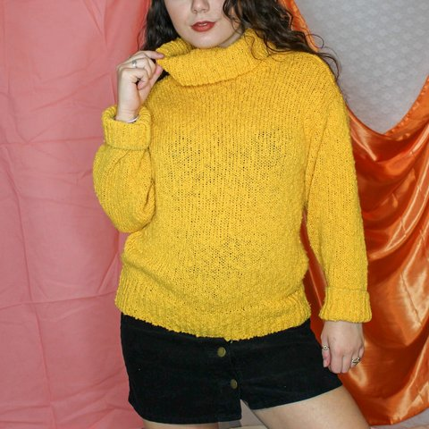 99118f9095 oversized yellow turtle neck 🌻 thicker knit