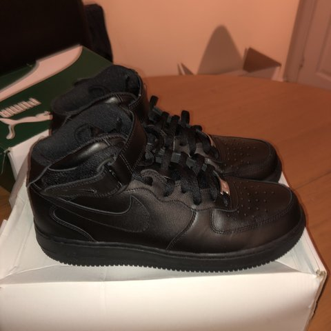 112a8642fd04 AIR FORCE 1 MID  07 LE   BLACK - Size - UK 8 NEVER WORN - Depop
