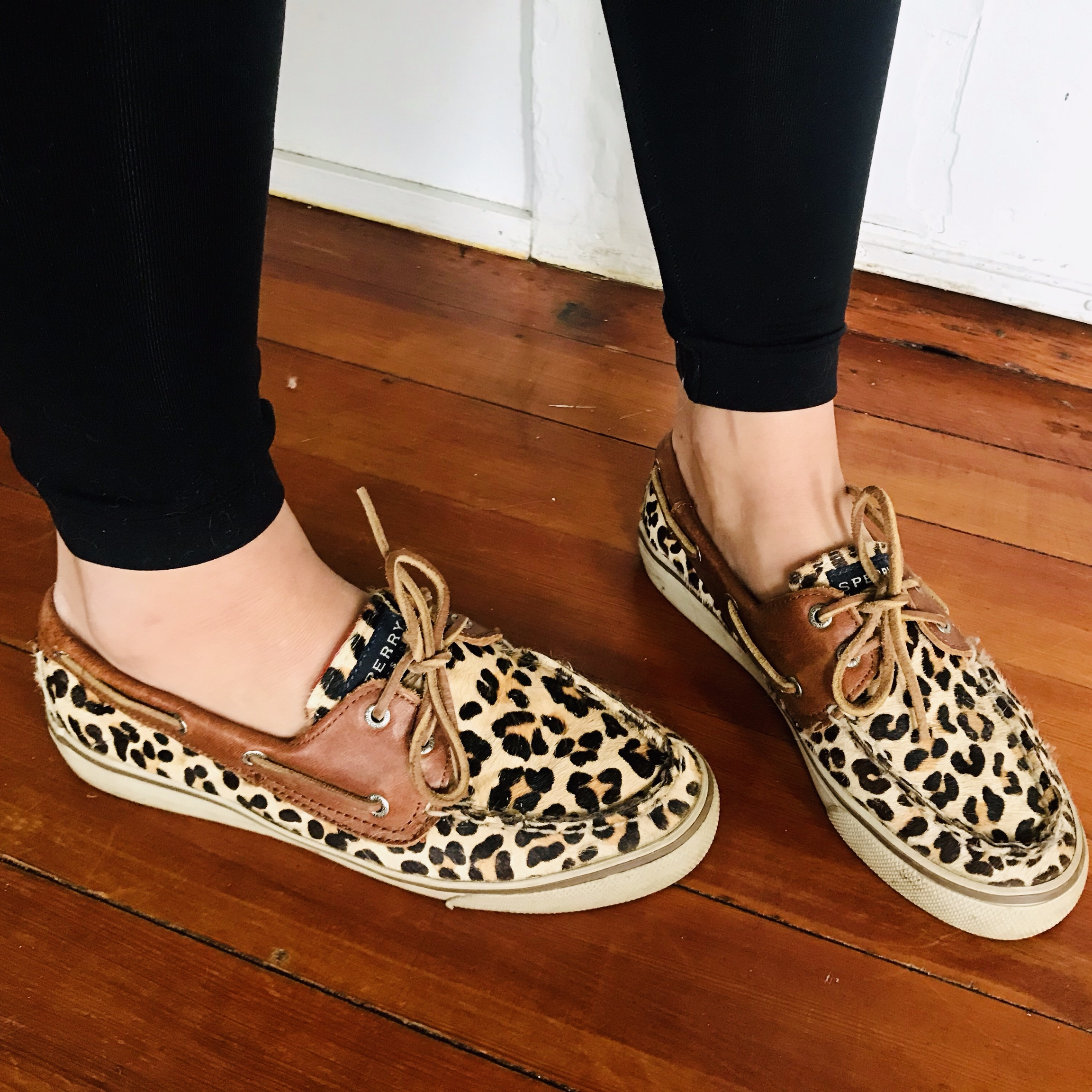 sperry animal print boat shoes